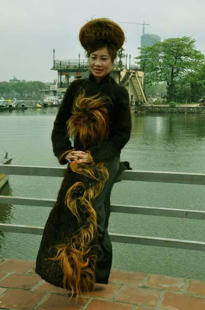 Unusual Designs and Products Created with Hair (15) 11