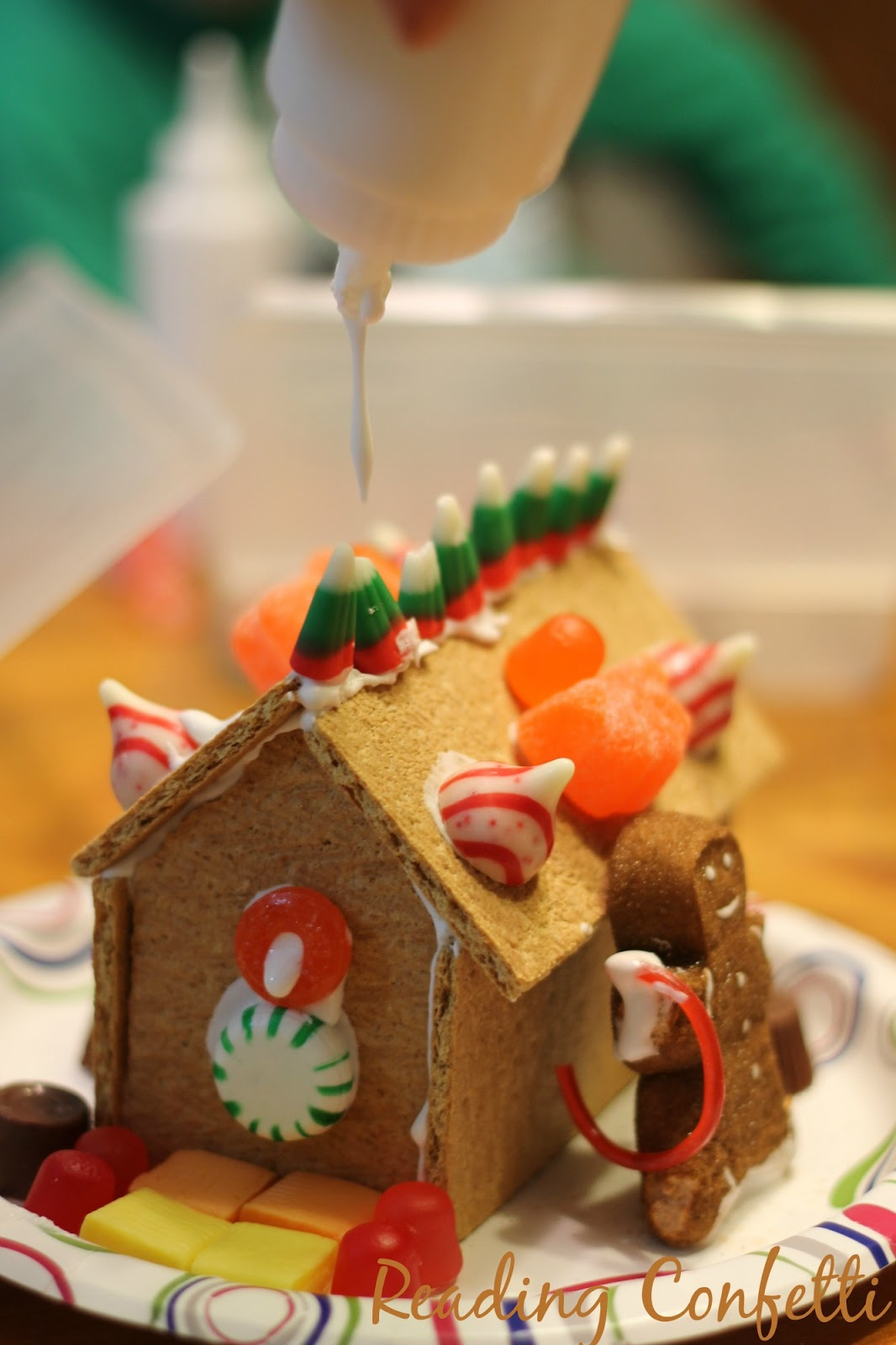 Graham Cracker Gingerbread Houses Reading Confetti