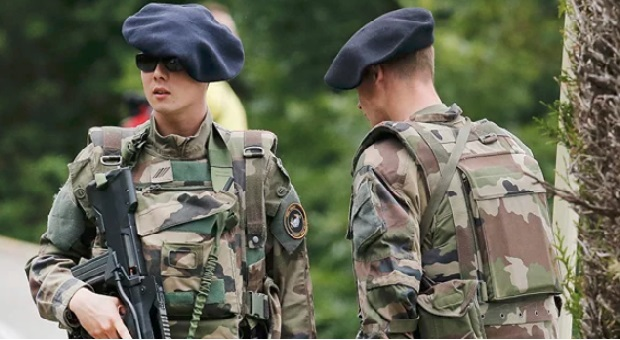 Prancis Tempatkan Pasukan Di Perbatasan Rusia