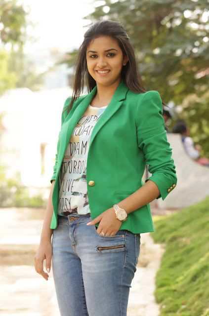 Hot Malayalam actress Keerthi Suresh