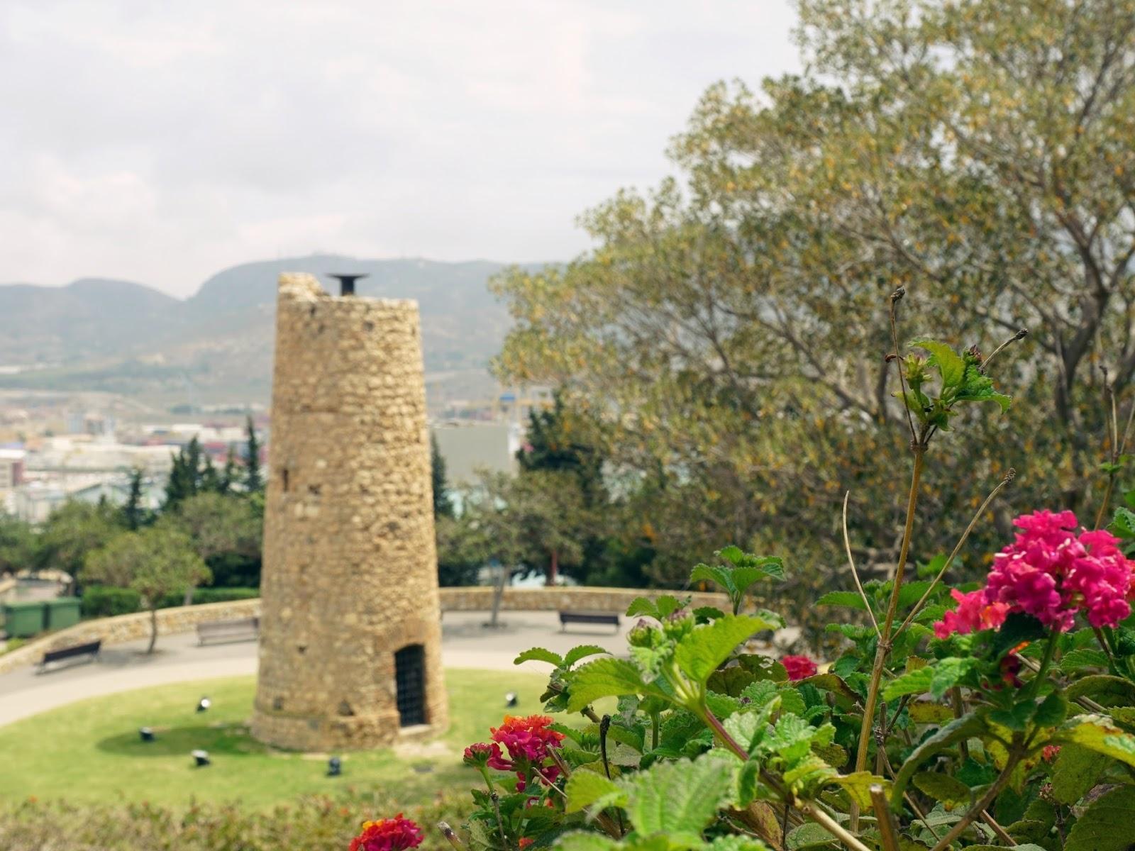 hiszpańskie miasto, Kartagena, panidorcia, blog, Hiszpania, podróże, kwiaty, zamek