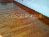 proyek pemasangan lantai kayu merbau