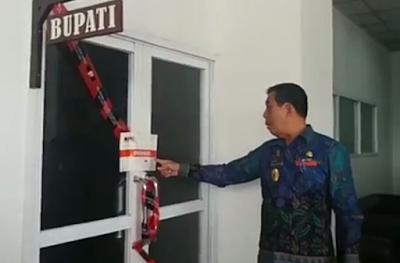 KPK Segel Ruangan Kantor Bupati dan Sekretaris Daerah Kabupaten Lampung Tengah
