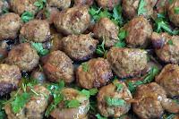 Κεφτεδάκια φούρνου με κρεμμύδια - by https://syntages-faghtwn.blogspot.gr