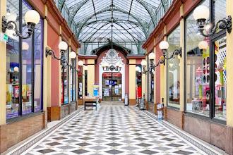 Paris : Passage des Princes, dernier des passages couverts du XIXème siècle - IIème