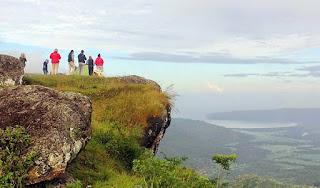 Puncak Gunung Lanang