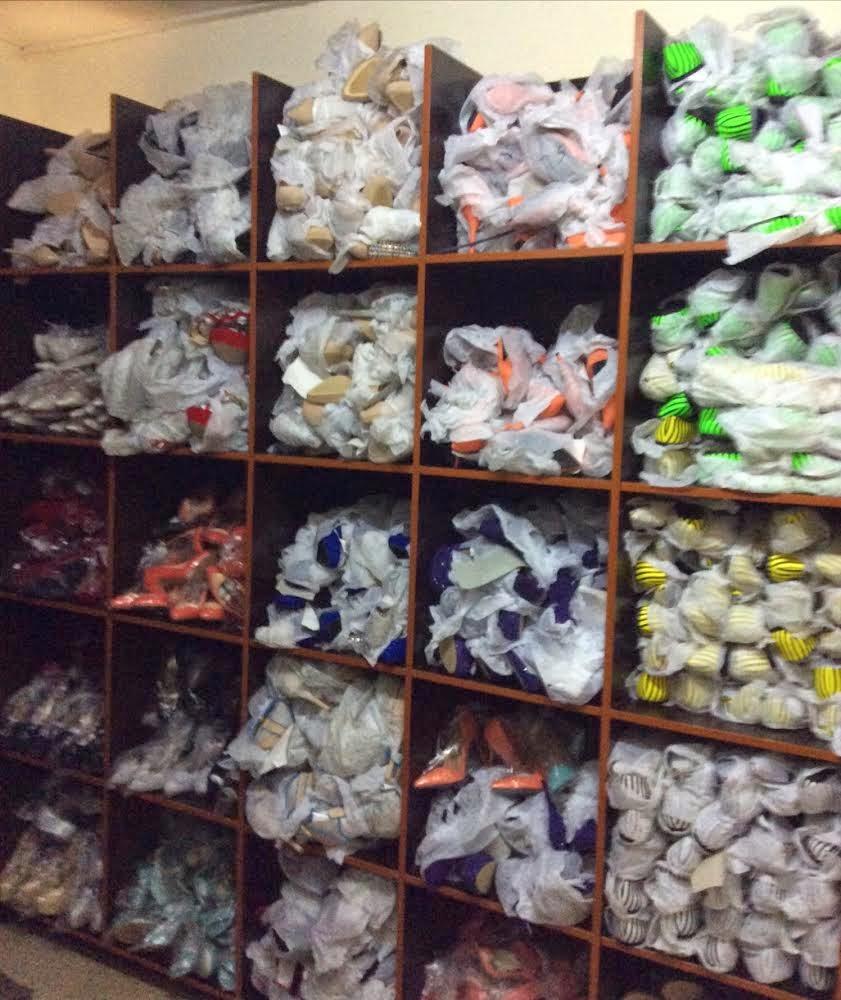 62a74beba81a7d Buy your wholesale ladies shoes at ShoesInBulk
