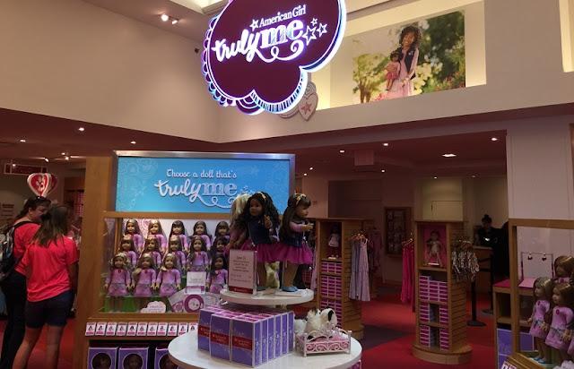 Sobre a loja de brinquedos American Girl Place em Los Angeles