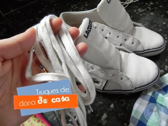 Como lavar tênis de couro