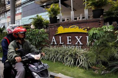 Ungkap Data Pelanggan Alexis, Setuju?