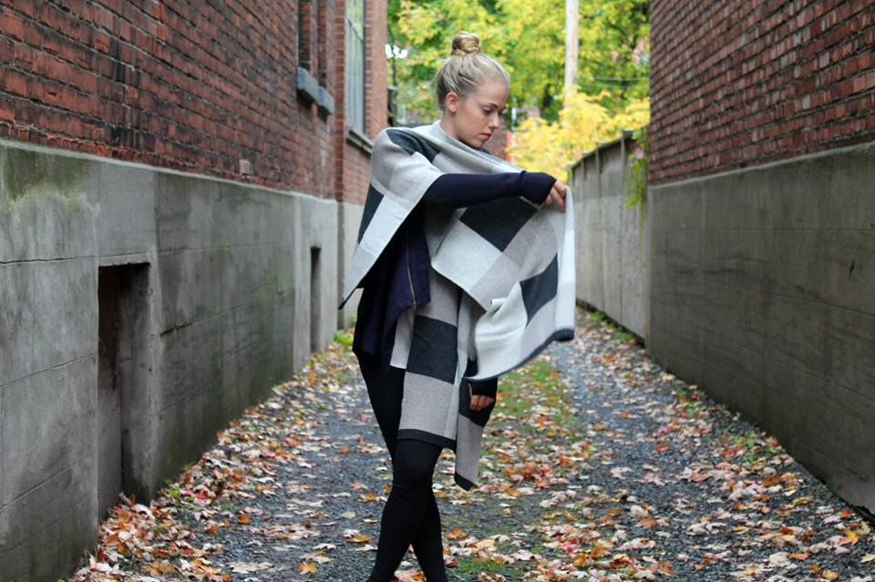 lululemon bundle up scarf