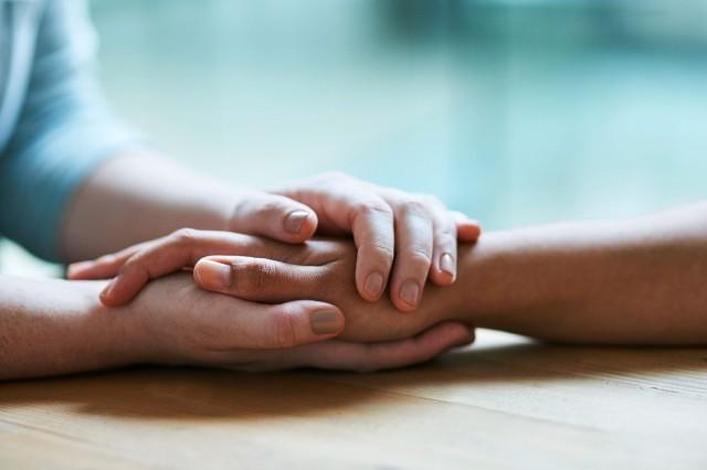 4 سلوكيات خفية تجعل الناس يثقون بك