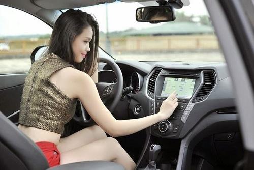 Lưu ý lái xe an toàn khi thuê xe số tự động