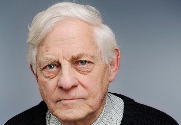 gambar gaya pria tua berambut pendek warna putih
