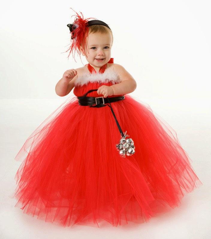 Gratis foto bayi lucu pakai baju tutu dress merah
