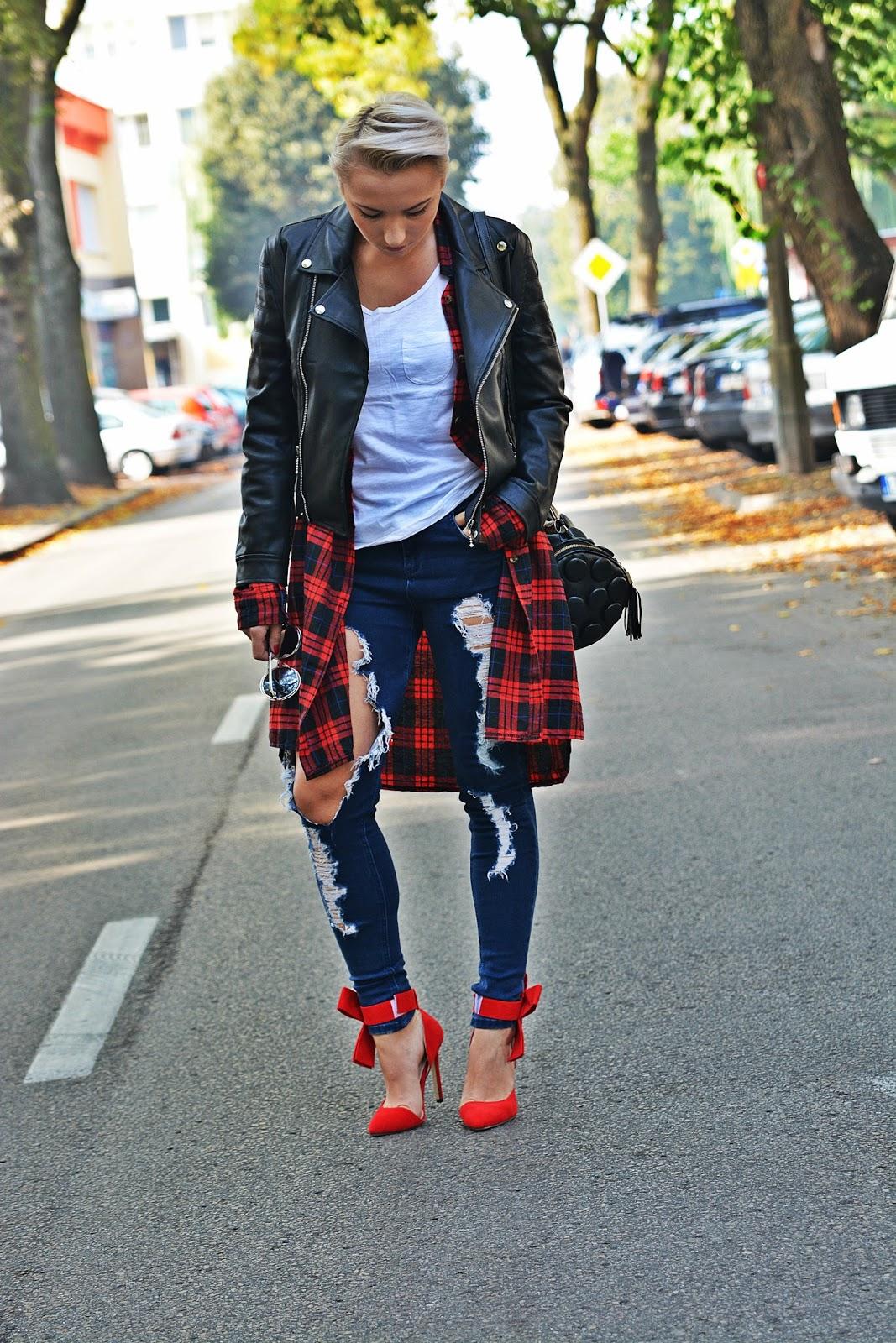 red_heels_szpilki_z_kokardkami_karyn