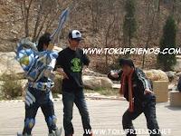 http://3.bp.blogspot.com/-E7EXGbGfd24/VneByCl0i2I/AAAAAAAAFI8/xYCuDCRjyiw/s1600/armor_hero_backstages_6.jpg