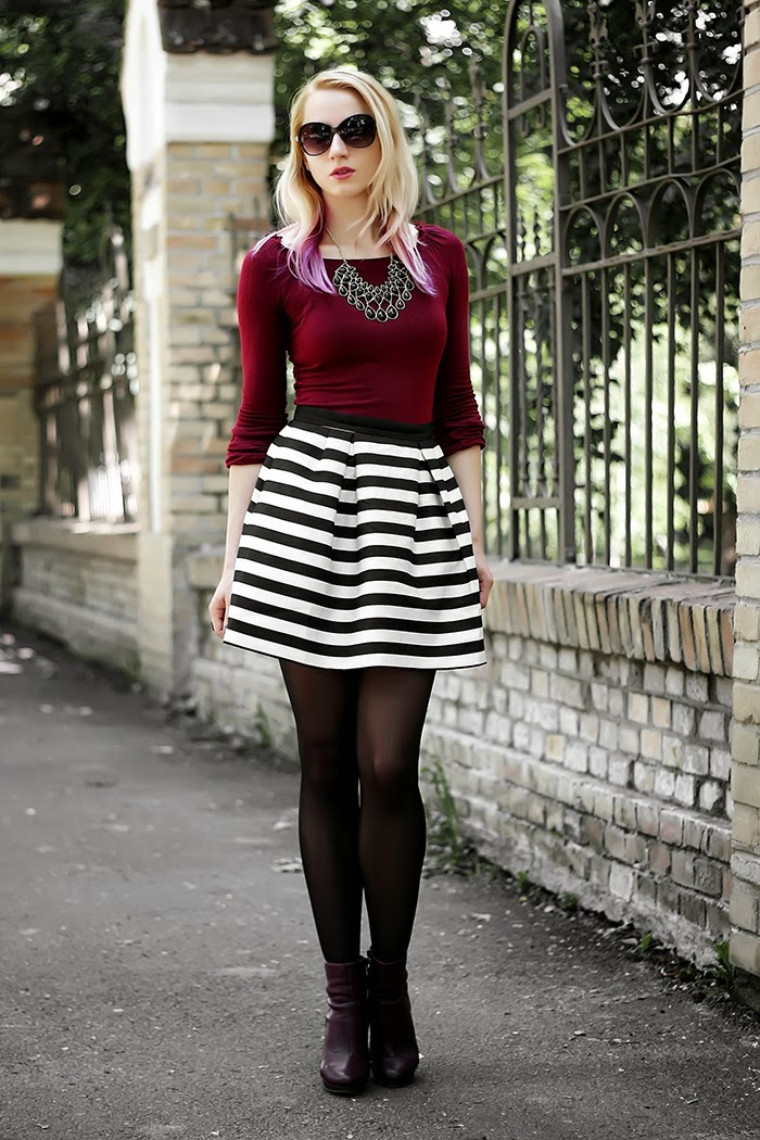H&M striped skirt statement necklace