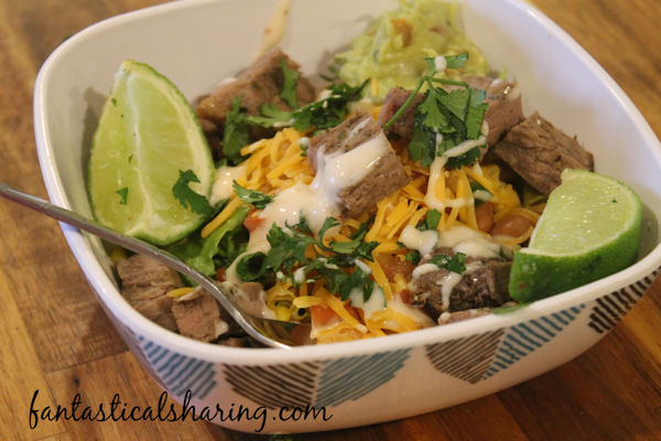 Sizzling Steak Burrito Bowl // Will your burrito bowl be loaded with the works or plain Jane? You decide! #recipe #maindish #burritobowl #steak #beef