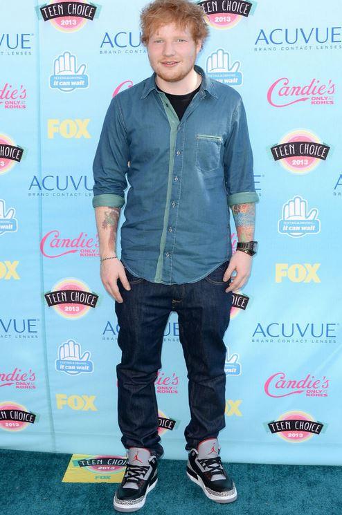 uk availability 72960 9198c Celeb Sneaker Game: Ed Sheeran Wearing Air Jordan 3 Retro ...