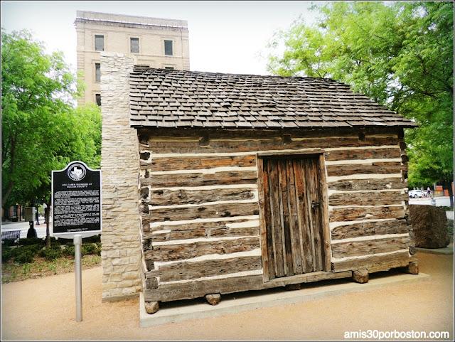 Lugares Turísticos y Atracciones en Dallas: Founder's Plaza