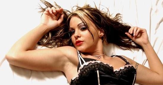 World Celebrity Image: American Wrestler Velvet Sky Hot Photos
