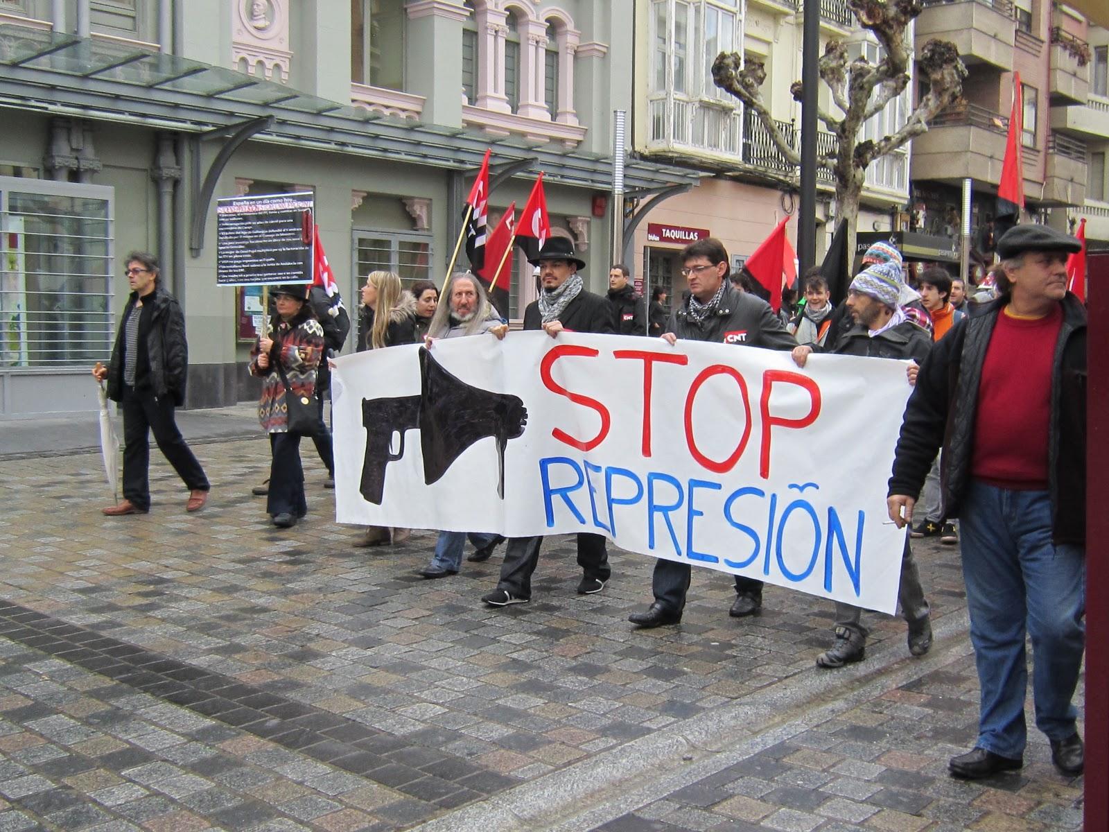 2d45365a323 Meredith Nemirov  Stop Represión - Saturday