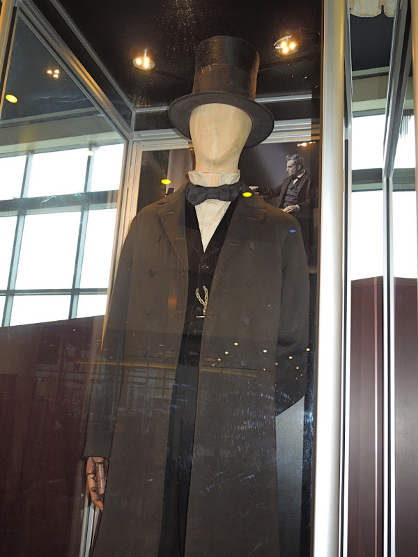 Daniel Day Lewis Lincoln costume