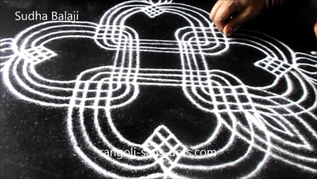 lines-rangoli-for-Navratri-1ab.png