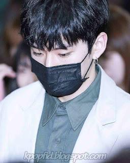 Foto Yoo Kihyun Monsta X Memakai Masker