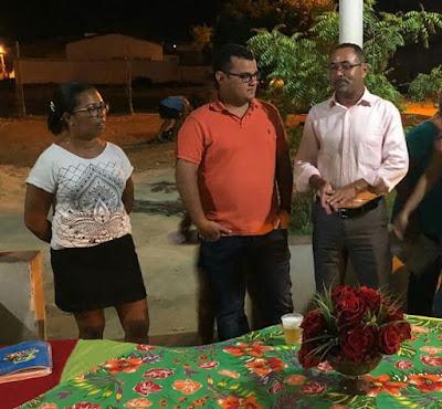 Atendendo solicitação de Marismônica Gonçalves, deputado Alex Lima visita o bairro do Jardim Petrolar, em Alagoinhas