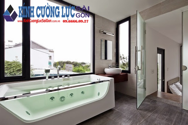 Phòng tắm kính
