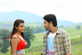 Ram Karthik Bhanu Sri starring Iddari Madhya 18 Movie Stills  0008.jpg
