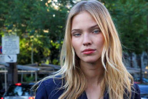 Zoom sur Sasha Luss, mannequin et actrice russe née en 1992