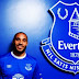 Zagueiro Ashley Williams é o novo reforço do Everton