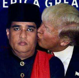 Meme Donald Trump Indonesia mencium Dimas Kanjeng.jpg