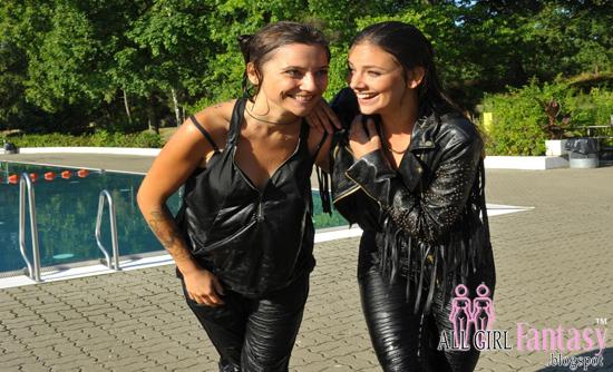 Jasmin & Anni - All Girl Fantasy