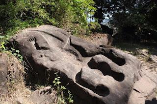 Ват-Пху (Ват-Фу, Ван-Ват-Фу) — руины кхмерского храмового комплекса в южном Лаосе. Храм находится у подножия горы Као (1397 м), на восточной стороне, в 6 км от реки Меконг, южнее города Тямпатсак в провинции Тямпасак