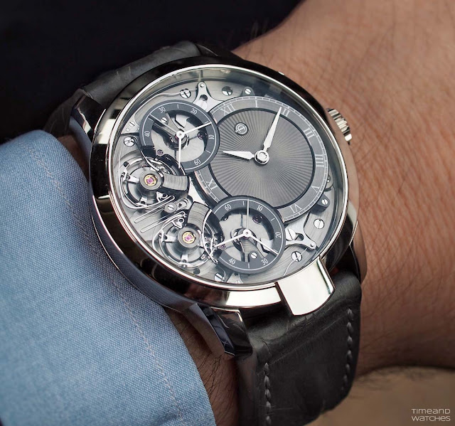 Wristhot of the Armin Strom Mirrored Force Resonance with guilloché dial