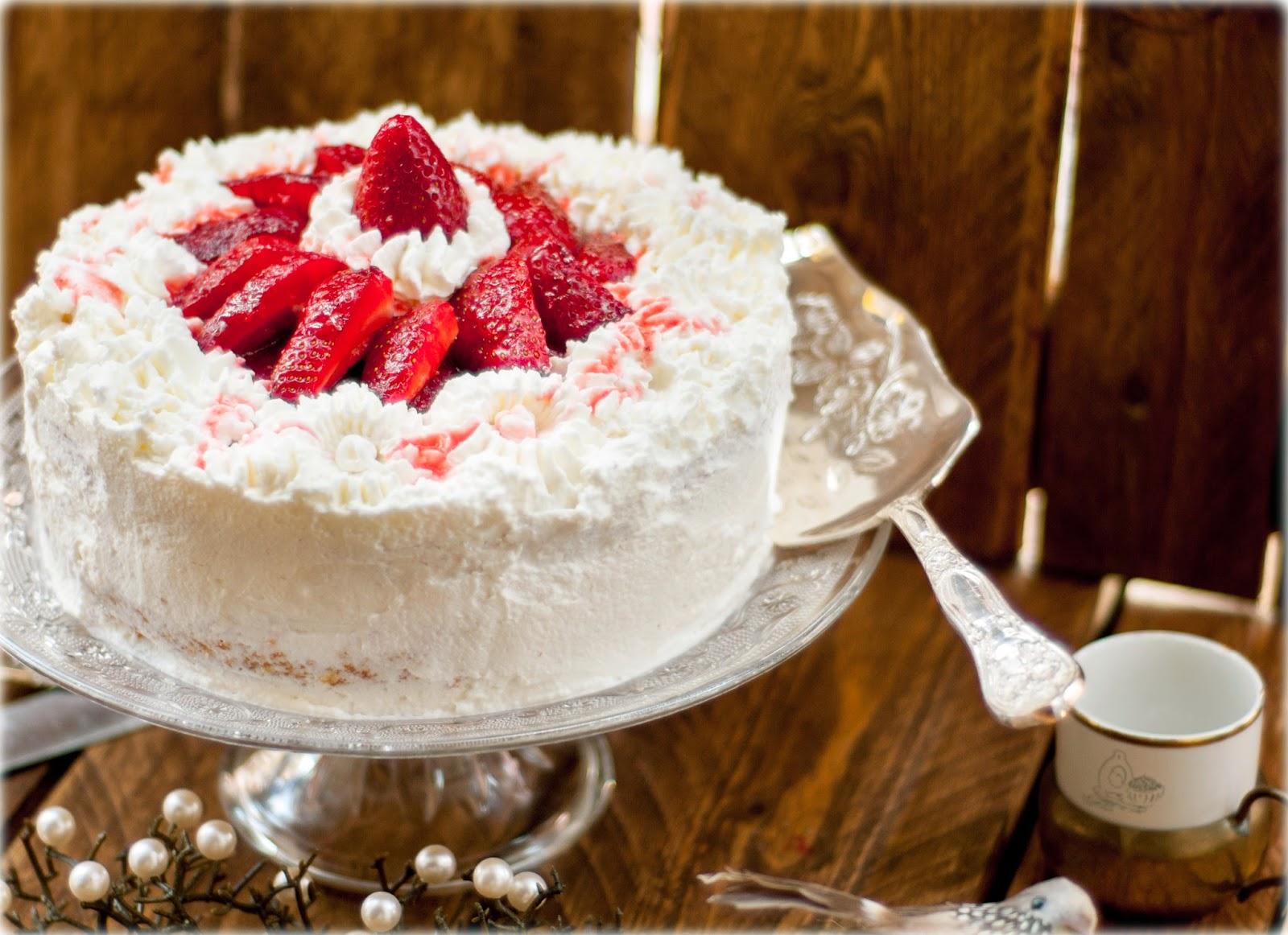 Érase una vez.... Tarta de fresas y nata.