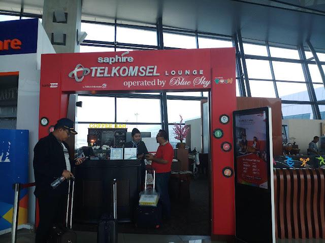 Telkomsel Lounge di Bandara Soetta - JejakBeDe