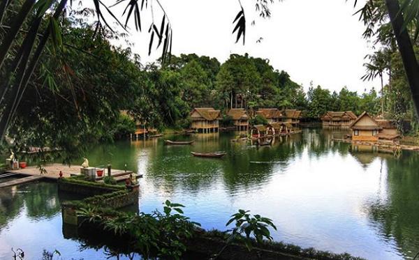Tempat wisata di garut Kampung Sampireun