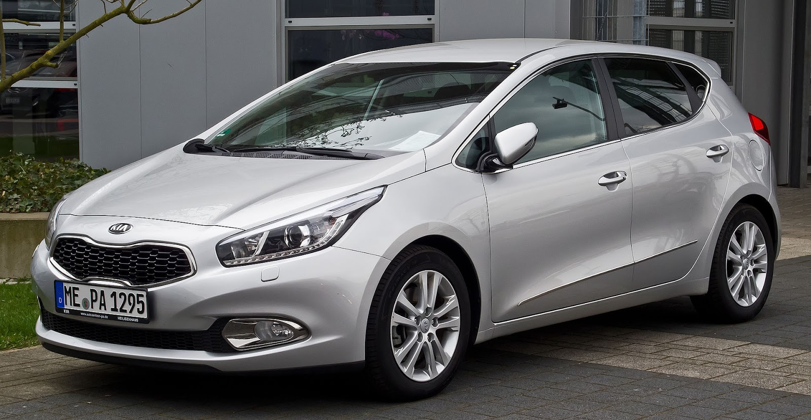 medium resolution of 2012 kia ceed