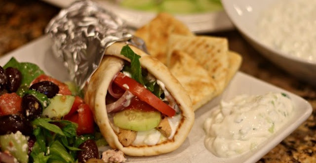 7sp - Slow Cooker Chicken Gyros
