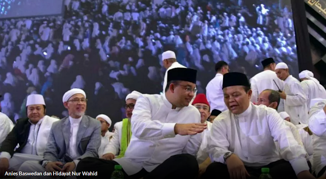 Perlakuan Berbeda Ribuan Umat Islam saat Menyambut Anies, Sandi, dan Djarot