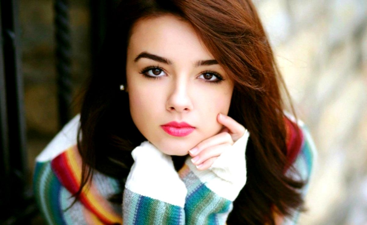 Cute Girl Wallpapers HD