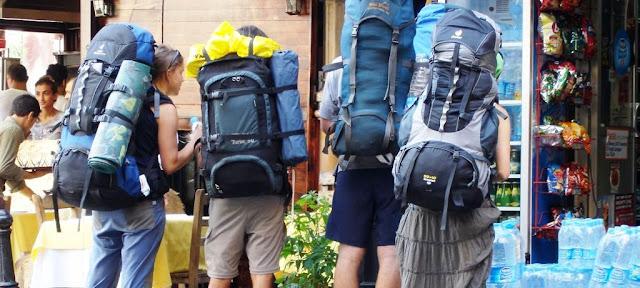 Tips Memilih Tas Gunung Berdasarkan Postur Tubuh
