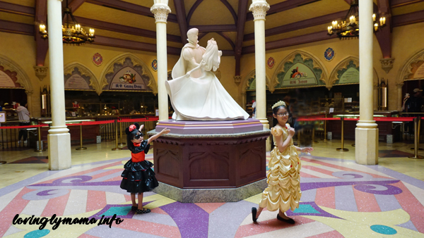 Hong Kong Disneyland restaurants