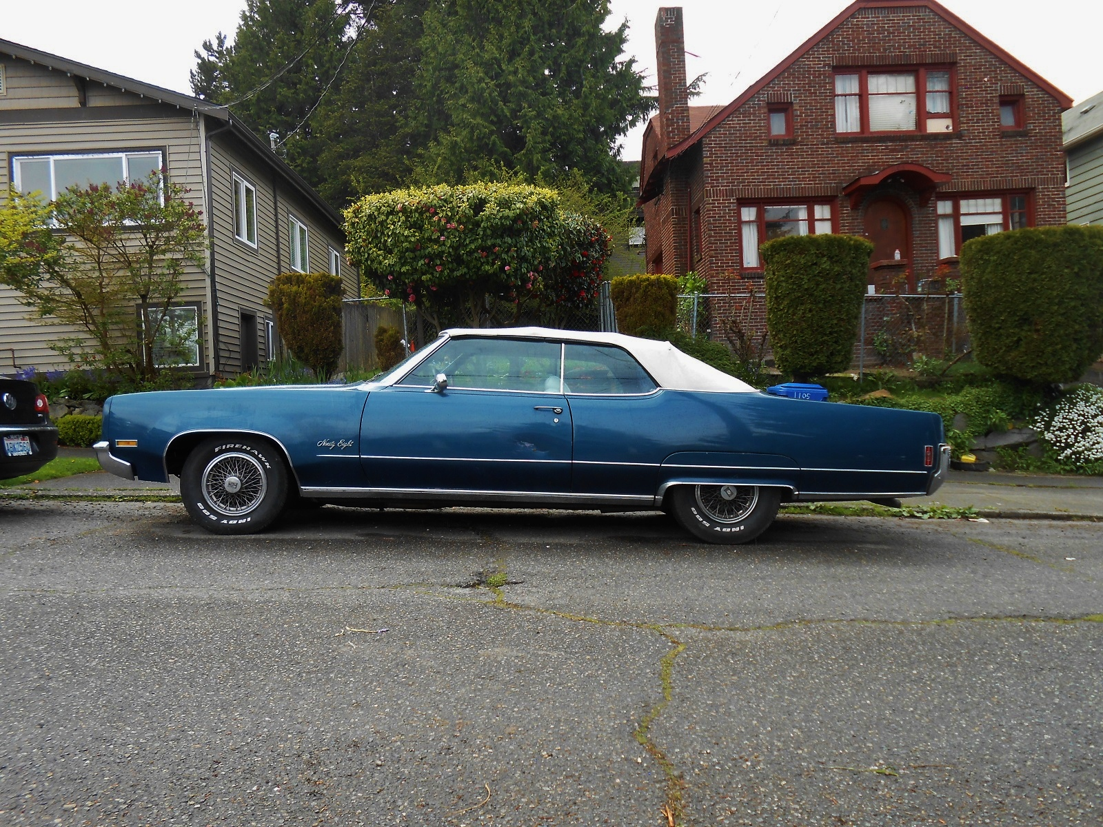 Seattle's Parked Cars: 1970 Oldsmobile 98 Convertible