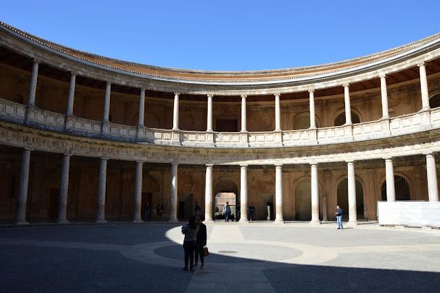 Pałac Karola V (Palacio de Carlos V) Alhambra